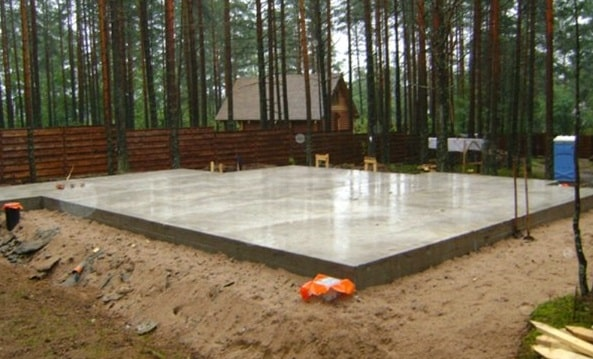 Плитный фундамент для газобетона